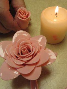 spoon rose, plastic spoon flower, craft flowers, plastic spoon art, plastic spoons, plastic spoon crafts, red roses, plastic flowers