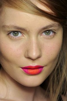 Two-toned lips