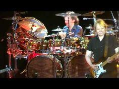 Styx Live 2012 - Entire Encore - Rockin' the Paradise & Renegade - 5/12/2012 - Woodlands Pavilion
