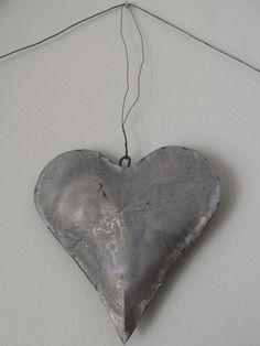 tin heart galvanized metal