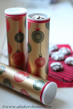 Creative Gift Packaging for Cookies - Recycle an empty Pringles can and decorate the outside for a fun and easy way to gift cookies.