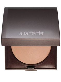 Our Top 10 Bronzers: Laura Mercier Matte Radiance Baked Powder