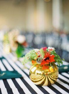 Gold + stripes // wedding #centerpiece  // Landon Jacob Productions