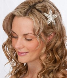 beach wedding updos | Beach Wedding Hair Styles | Bridal Hair | Hawaiian Wedding Hair Style