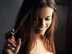 11 Bad Habits That Make Your Hair Thinner
