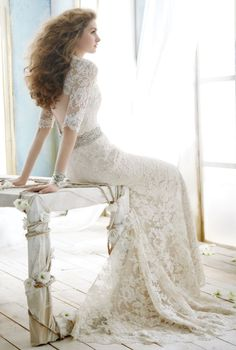 This is absolutely beautiful. Love lace, love that back...gorgeous.