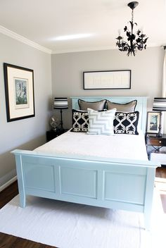 Guest bedroom: Light grey, baby blue and dark accents.