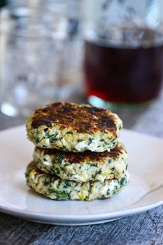 Spinach turkey goat cheese burgers (with a kick)
