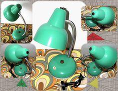 VENDIDA!! Lámpara color turquesa años 50.