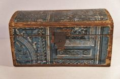 C1820 Domed blue wallpaper box with tin latch.