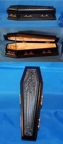 Bespaq Dollhouse Miniature Halloween Black Coffin