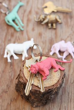 DIY painted animal keychains