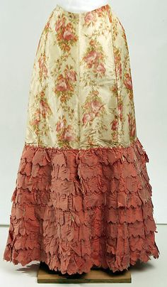 Early 1900s American petticoat made of silk. It's amazing to believe something this gorgeous would be hidden.