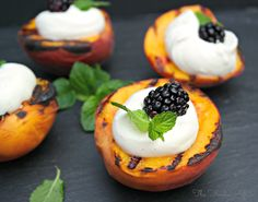 Keep the grill hot and try these Grilled Peaches and Yogurt Cream for dessert! A refreshing and delicious way to end a meal - The Foodie Affair #peaches #dessert #grill #recipe #fruit