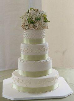 sage wedding cake :)