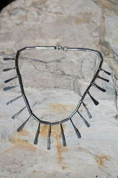 VINTAGE 1930'S MEXICAN HAND HAMMERED STERLING SILVER STICK NECKLACE