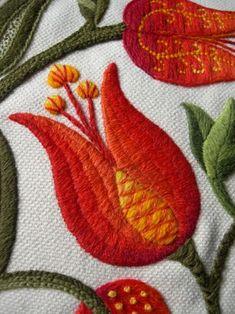 Jacobean Crewelwork for the Royal School of Needlework. Kate Sinton - Tutor