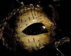 JoDee Luna mask