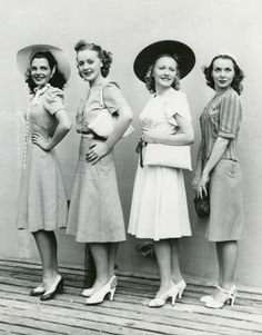 1940's Women. <3 were there no ugly women in the 40s? Or is it just the styles that make every woman look so glamorous?