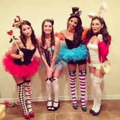 diy costumes, halloween costumes, costume ideas, group costumes, alice in wonderland, the queen, queen of hearts, halloween diy, costume halloween