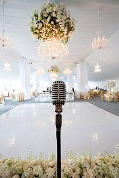 Micrófono en el salón de boda.