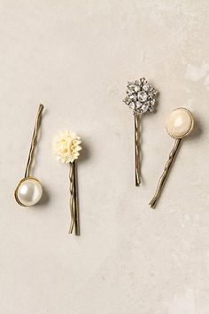 DIY bobby pins with buttons!