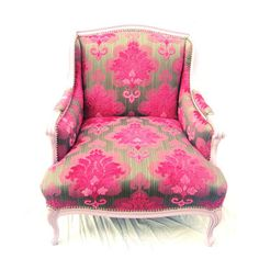 This Joan Vintage Chair will be perfect in my Hollywood Regency Pied a Terre.