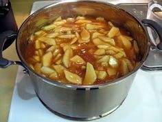 Homemade Apple Pie Filling. This recipe sounds much better than store bought. (Plus: freezes, no canning!)