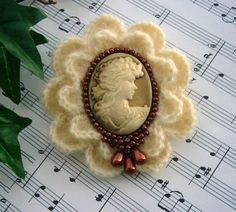 Victorian Young Lady Cameo Brooch
