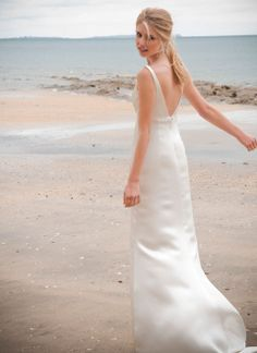 Beach wedding gown #idea #wedding