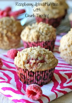 Raspberry Spiced Muffins with Crumb Topping