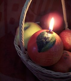 Red Apple Candle Ball