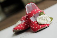 Baby girl shoes, red, white, polka dot