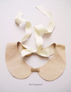 peter pan collar...