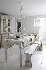 #white #bench #dining