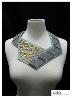 MARIANNE Trien Bib Statement Necklace in Grey shades