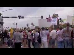 Impeach Obama, Protesters Greet Obama In Phoenix - August 6th 2013