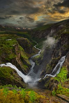 Vøringfossen... // #Photography #Places #Nature #Landscape #Sky #Clouds #Mountains #River #Water #Waterfall #Beautiful
