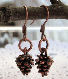..(0_0)..  pinecone earrings