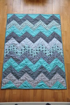 chevron quilt quilted and binded--tutorial