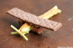 Have fun in the kitchen making these fun Graham Cracker Airplanes with ingredients you have in the pantry!