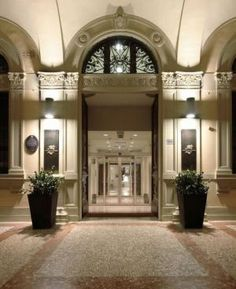 Mostre d 39 arte on pinterest frank zappa palazzo and belle for Hotel design bologna