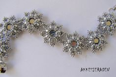 tutorial for the OSweety Bracelet by Akkesieraden on Etsy, €6.50