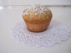 Muffin alla ricotta e caramello, scopri la ricetta: http://www.misya.info/2011/05/23/muffin-alla-ricotta-e-caramello.htm