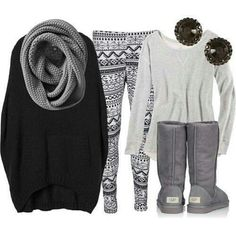 I am in love with this outfit. I want to be wearing it right now. fashion, ugg boots, cozy winter, printed leggings, winter style, cozy outfits, winter outfits, oversized sweaters, combat boots