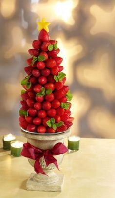 How to make a very berry edible centerpiece
