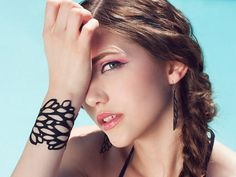 Jewelry from Recycled Cycle Tubes; It's Chic