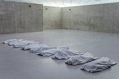 Maurizio Cattelan - Untitled (2008) #art #installation / http://mauriziocattelan.altervista.org