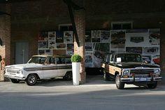 Jeep Super Wagoneer 1967 i Jeep Grand Wagoneer. Yup, definitely like the 67 better