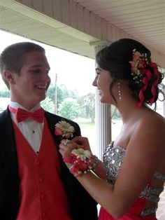 Prom Flowers - Wrist corsage with matching boutonniere and hairpiece featuring white gerberas.